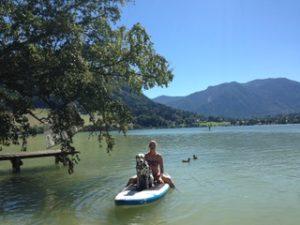 Moji auf dem Wasser